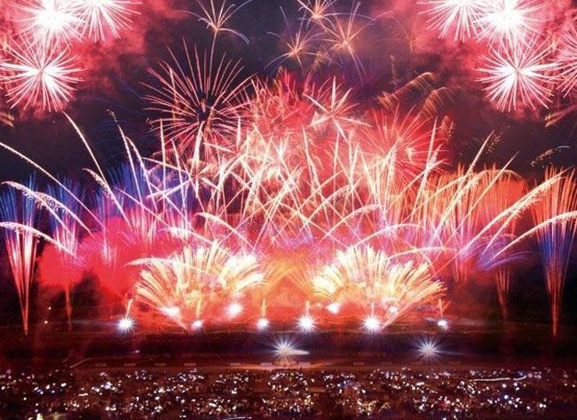 北海道新聞社創業130周年UHB開局45周年記念 2017道新・UHB花火大会 in 札幌