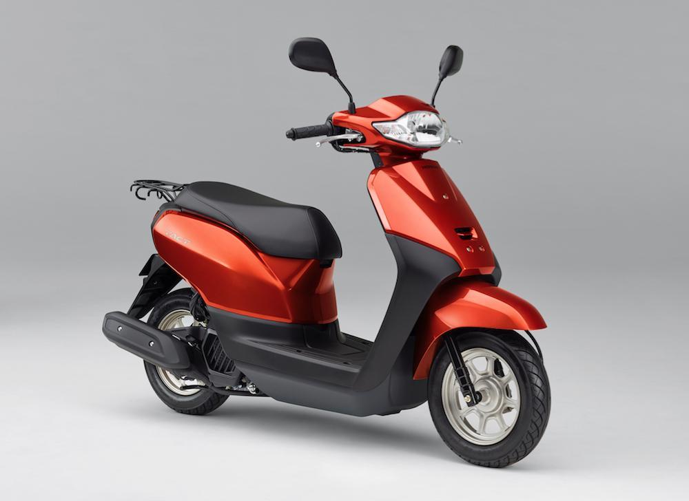 ホンダのスクーターTACT(タクト)にニューカラー追加&排ガス対応