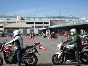 板橋区三署合同二輪車実技教室