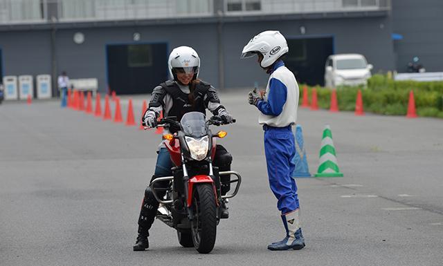 Hondaモーターサイクリストスクール ベーシック(ツインリンクもてぎ)