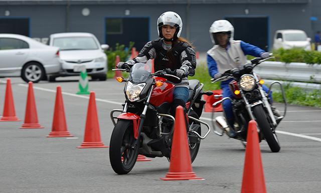 Hondaモーターサイクリストスクール スラローム入門(ツインリンクもてぎ)