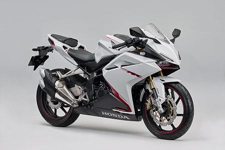 CBR250RR<ABS>にパールグレアホワイトを新たに追加し発売(^ ^)★
